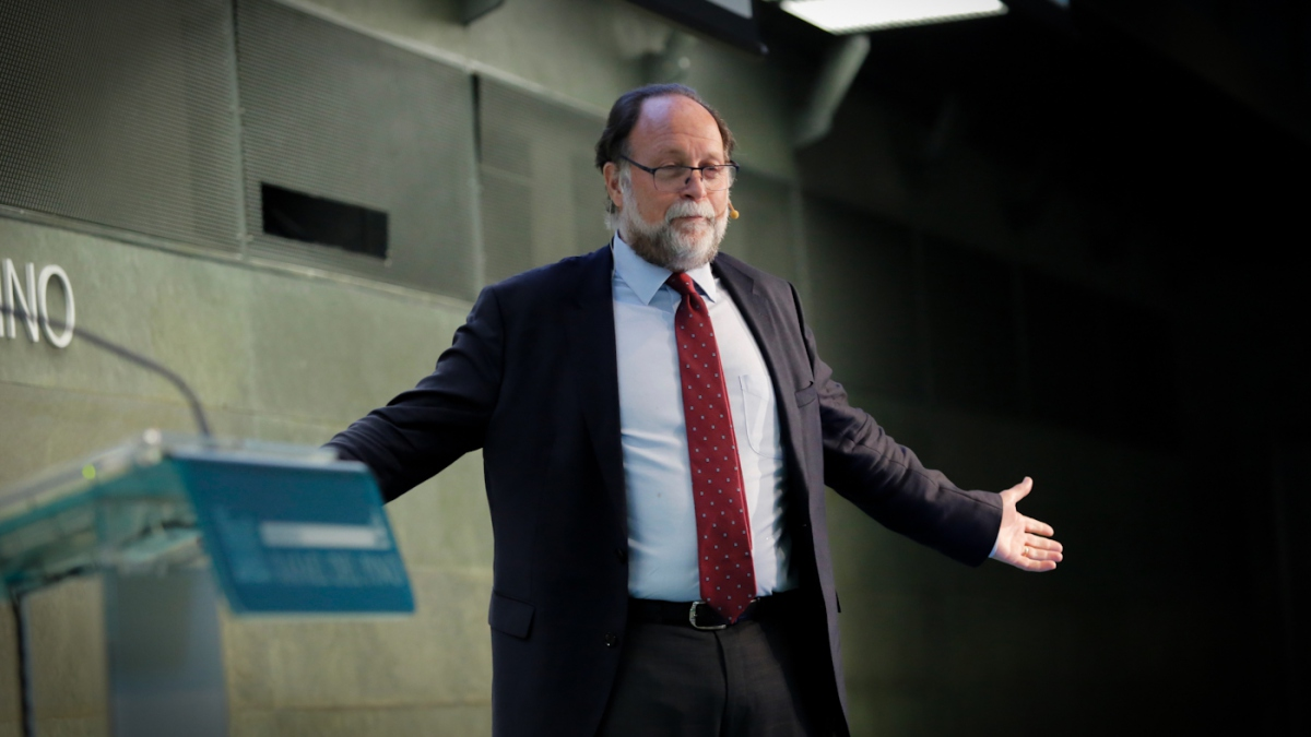"Ricardo Hausmann speaks at the ""Us and prosperity"" conference organized by the Rafael del Pino Foundation on June 7, 2017. in Madrid, Spain. (Rafael del Pino Foundation/Creative Commons)"