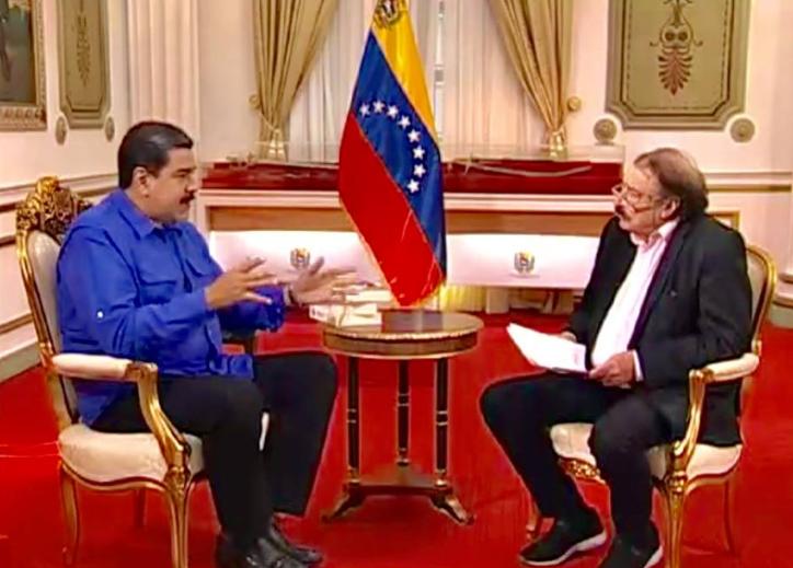 President Maduro talks to Ignacio Ramonet in Caracas, 2018. (Ignacio Ramonet / Facebook)