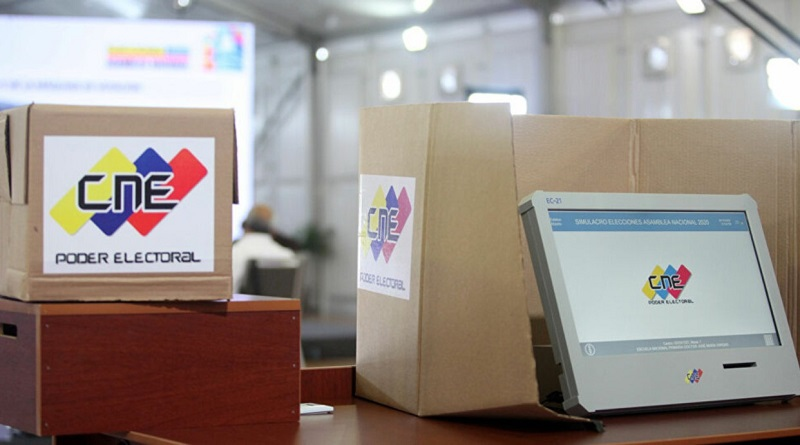 Voting machine set up during an electoral dry run. (VTV)
