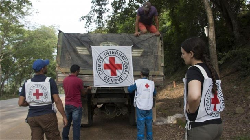 """The Red Cross has been tending to those injured as part of the on-going confrontation between an """"irregular armed Colombian group"""" and the Venezuelan Armed Forces, here pictured in Colombia. (Margareth Figueroa / ICRC)"""