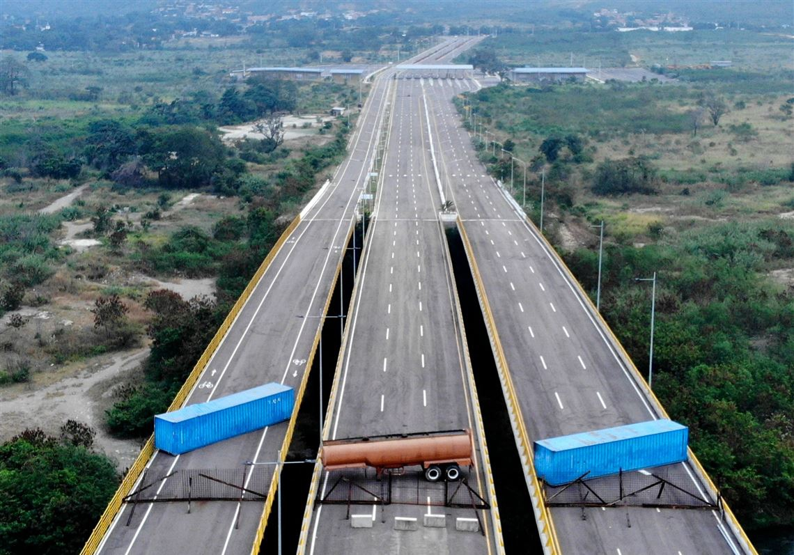 La Tienditas bridge connects Colombia and Venezuela and has not been operational since 2016 (Edinson Estupinan / AFP)