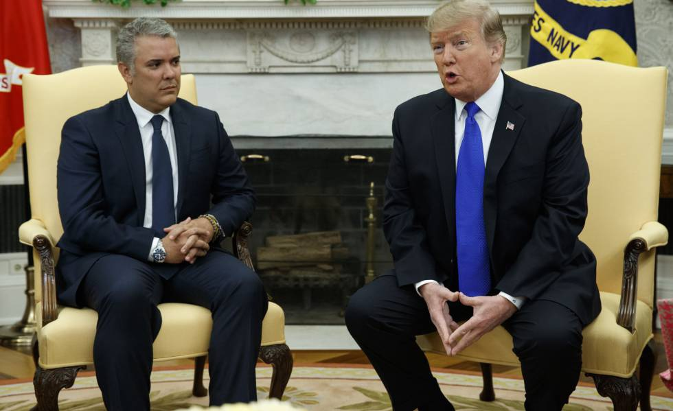 "Trump reiterated that ""all options are on the table"" concerning Venezuela during a meeting with Ivan Duque (Evan Vucci / AP)"