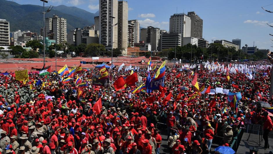 The pro-government march filled Caracas' largest avenue, Bolivar Avenue (Yuri Cortez / Getty Images)