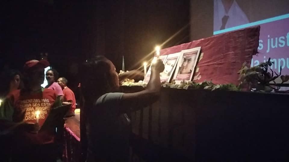 Tribute in the Cultural Center in Parque Central, Caracas. (Carolina Cruz, CRBZ Press)