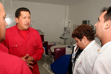 Chvez inaugurates the Dr. Osío de Cúa Hospital in Miranda