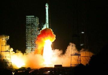"""Venezuela's first satellite, """"Simon Bolivar,"""" takes off. (Xinhua)"""