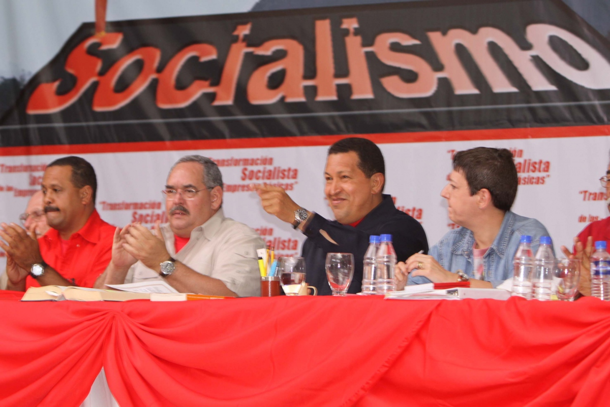President Hugo Chavez conducts a socialist workshop with steel workers yesterday (ABN)