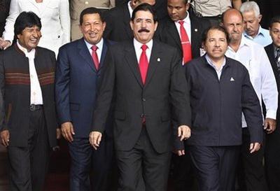 """President Manuel Zelaya with presidents of other ALBA nations in 2008"" (Juventud Rebelde)"