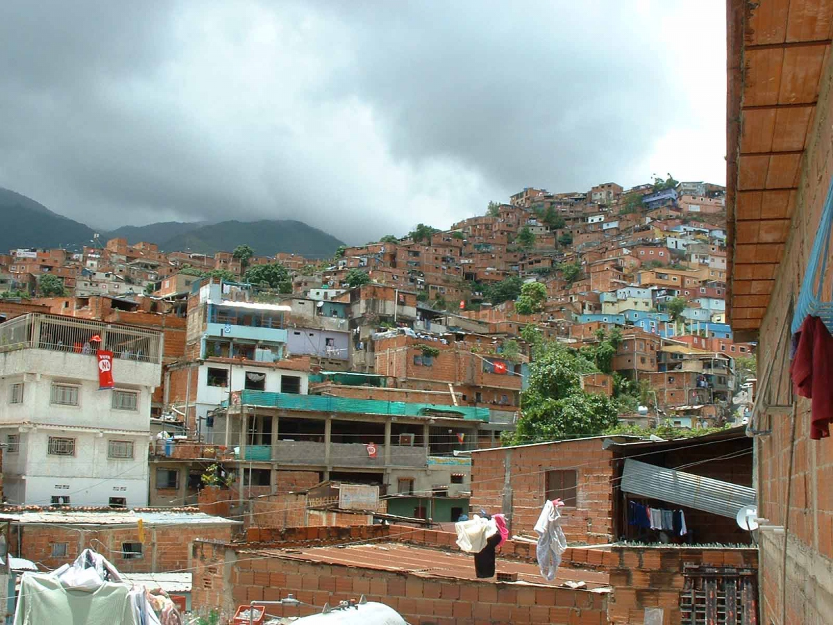 Looking-in from the barrios that surround Venezuela's capital. Credit: Jonah Gindin