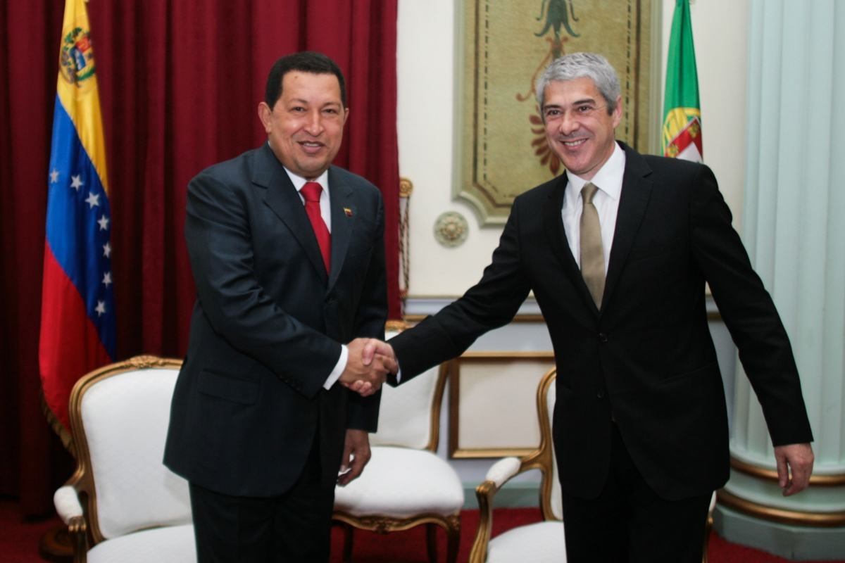 President Hugo Chavez with Portuguese Prime Minister Jose Socrates (ABN)