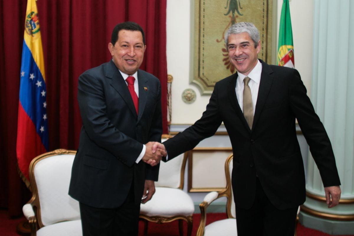 President Hugo Chavez with Portuguese Prime Minister Jose Socrates (ABN)