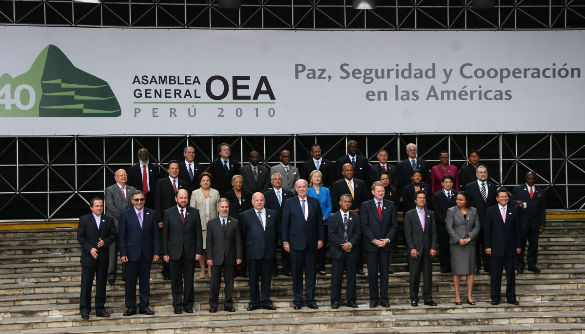 Official photograph of the 40th OAS General Assembly (OAS)