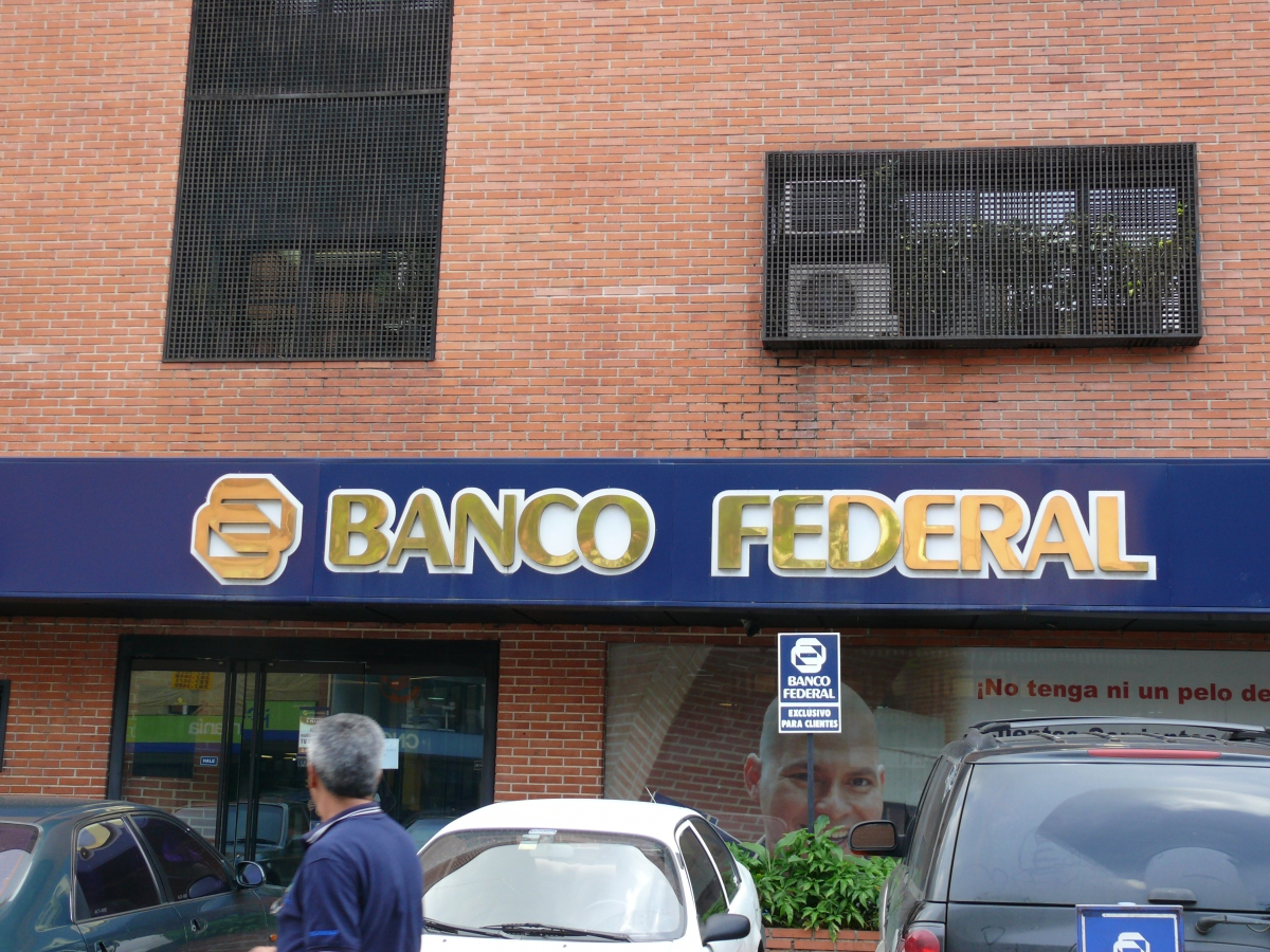 Banco Federal branch (Felix González)