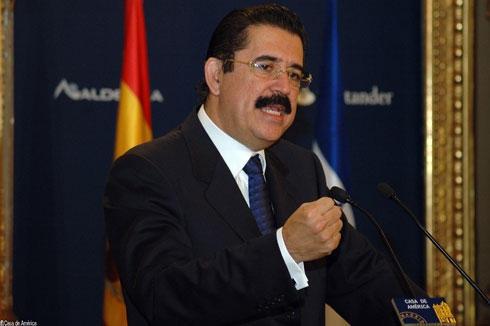 Former Honduran President Manuel Zelaya (YVKE)