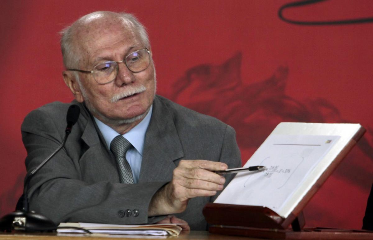 Planning and Development Minister Jorge Giordani (YVKE)