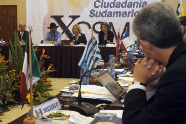 The 10th South American Migration Conference (Opinion de Bolivia)