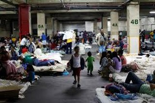 A shelter for flood victims in Caracas (YVKE)
