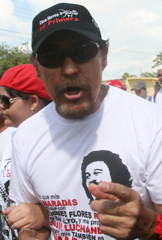 José Montecano, Primera's brother and also a singer