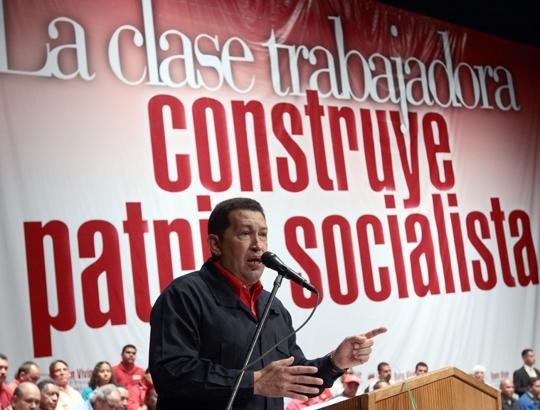 Venezuelan President Hugo Chávez speaking to workers on 26 April 2011 (Agencies)