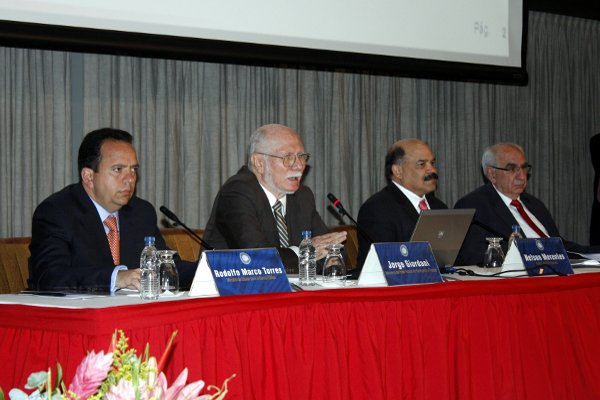 From left, Rodolfo Marcos Torres, Jorge Giordani, Nelson Merentes, and Elías Eljuri at a financial press conference on Tuesday (Correo del Orinoco)