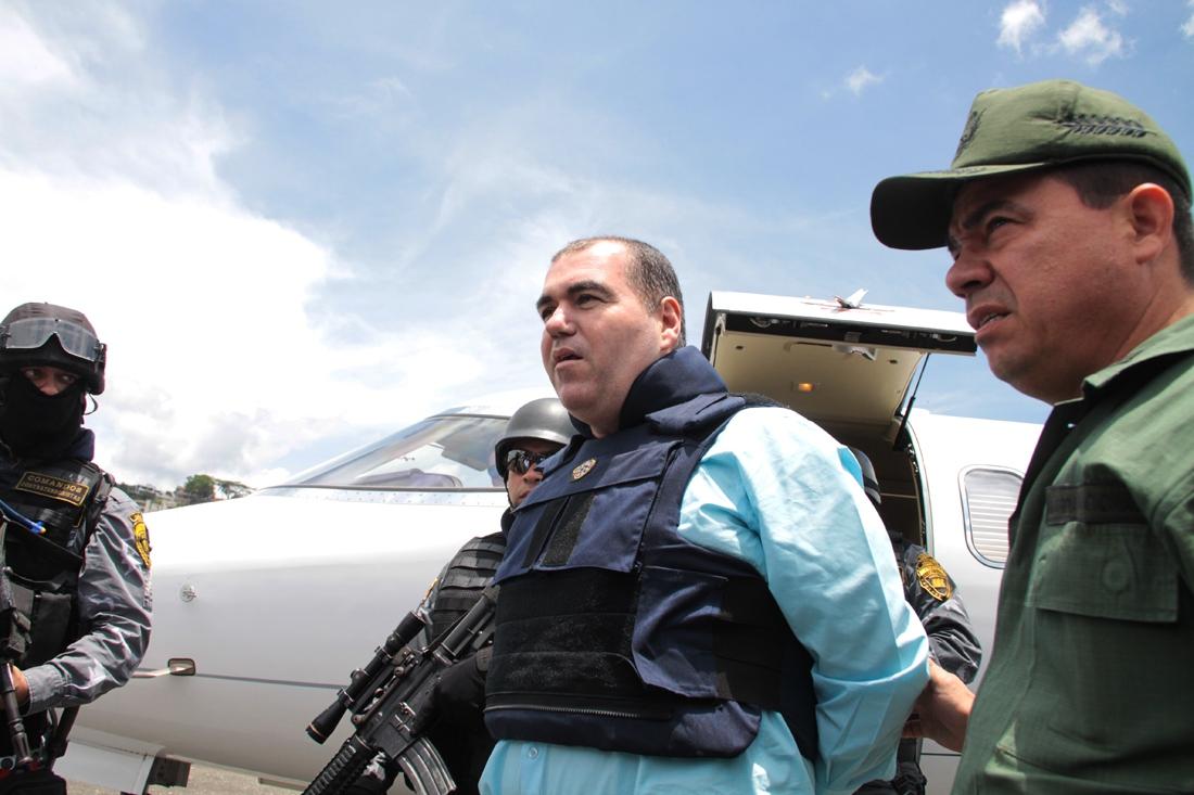 Walid Makled arriving at the La Carlota military base in Caracas on 9 May 2011 (Roberto J Gil P).
