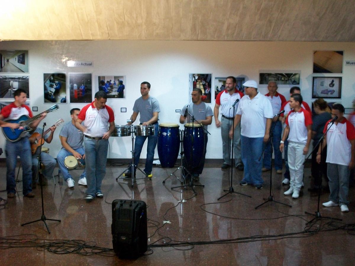 Musical group 'Voces de Libertad' (Gobierno de Venezuela - Dirección Nacional de Servicios Penitenciarios)