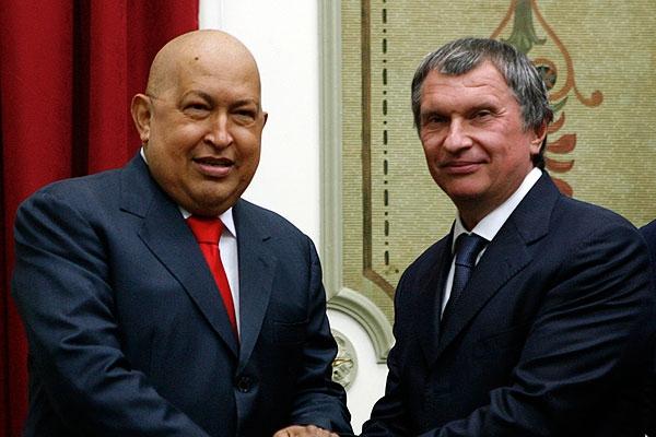 Venezuelan President Hugo Chávez with Russian Deputy Prime Minister Igor Sechin (Reuters)