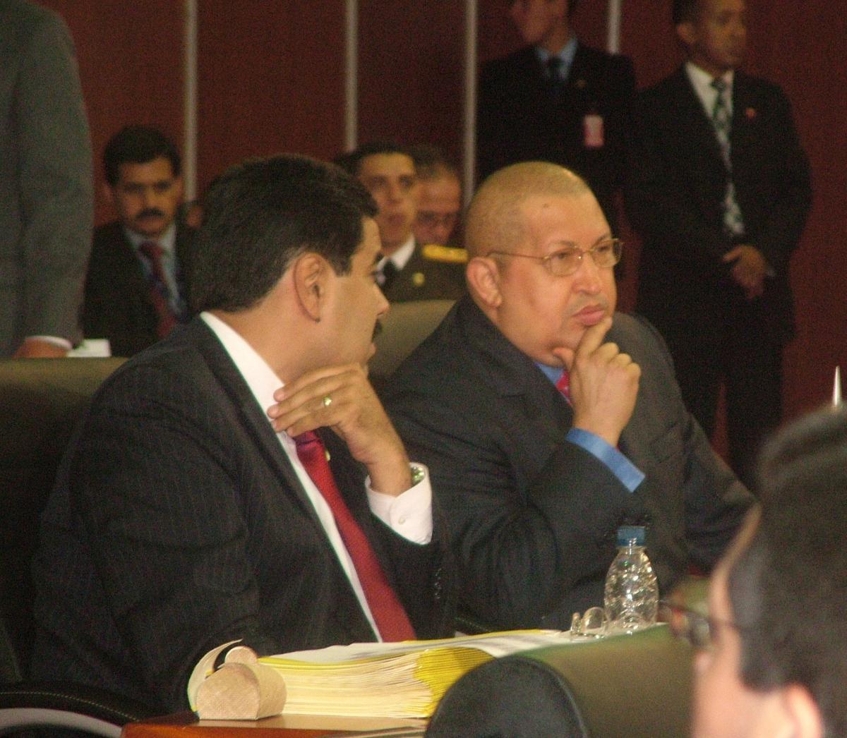 Venezuelan foreign minister Nicolas Maduro (left) with President Hugo Chavez, at the plenary session of the summit on Friday  (Tamara Pearson / Venezuelanalysis.com)