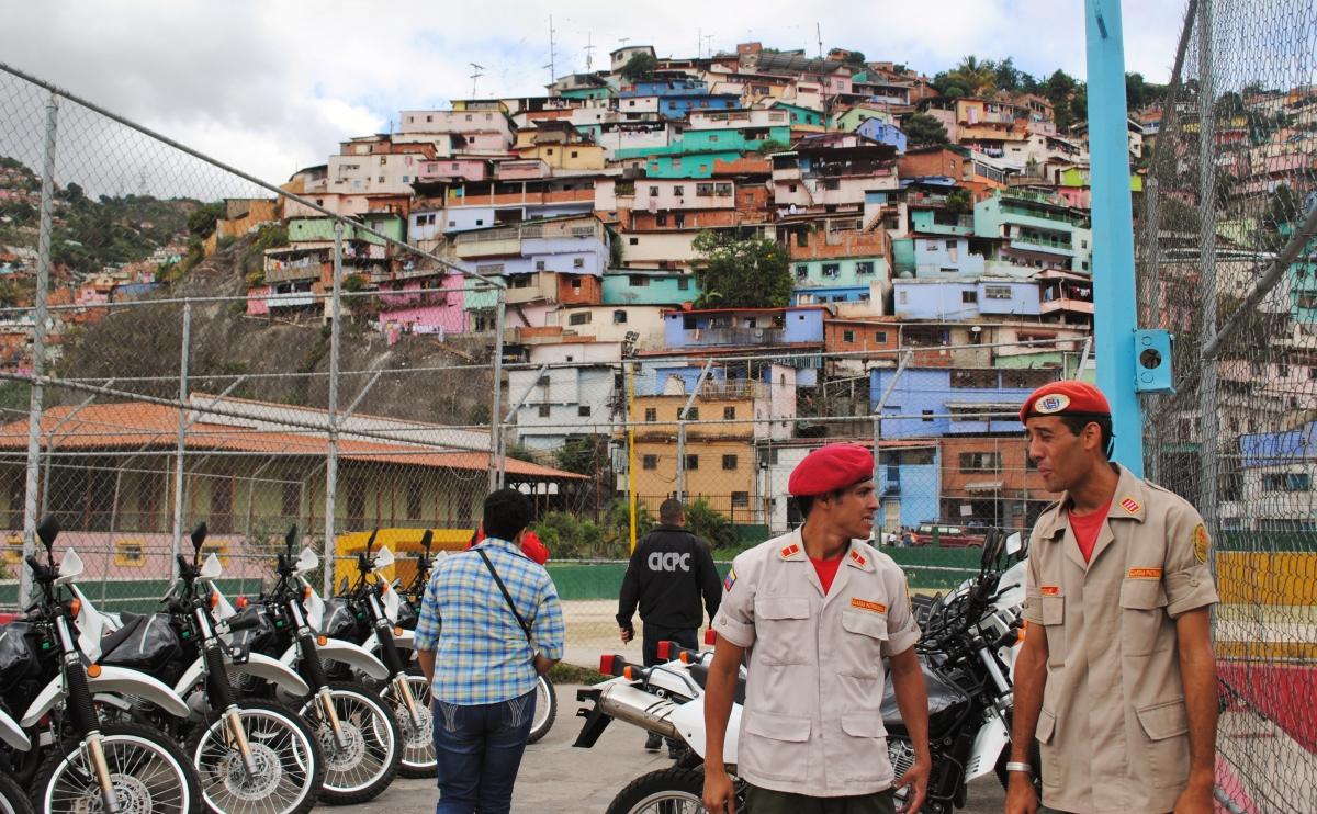 Barrio La Mamera in Antímano. Rachael Boothroyd – Venezuelanalysis
