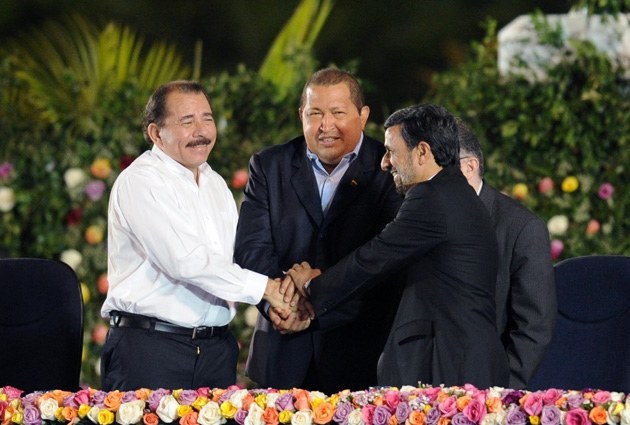 Daniel Ortega, (far left) with Chávez and Iranian President Mahmoud Ahmadinejad. Ortega was sworn in as Nicaraguan president for a second consecutive term on Tuesday (Noticias24)