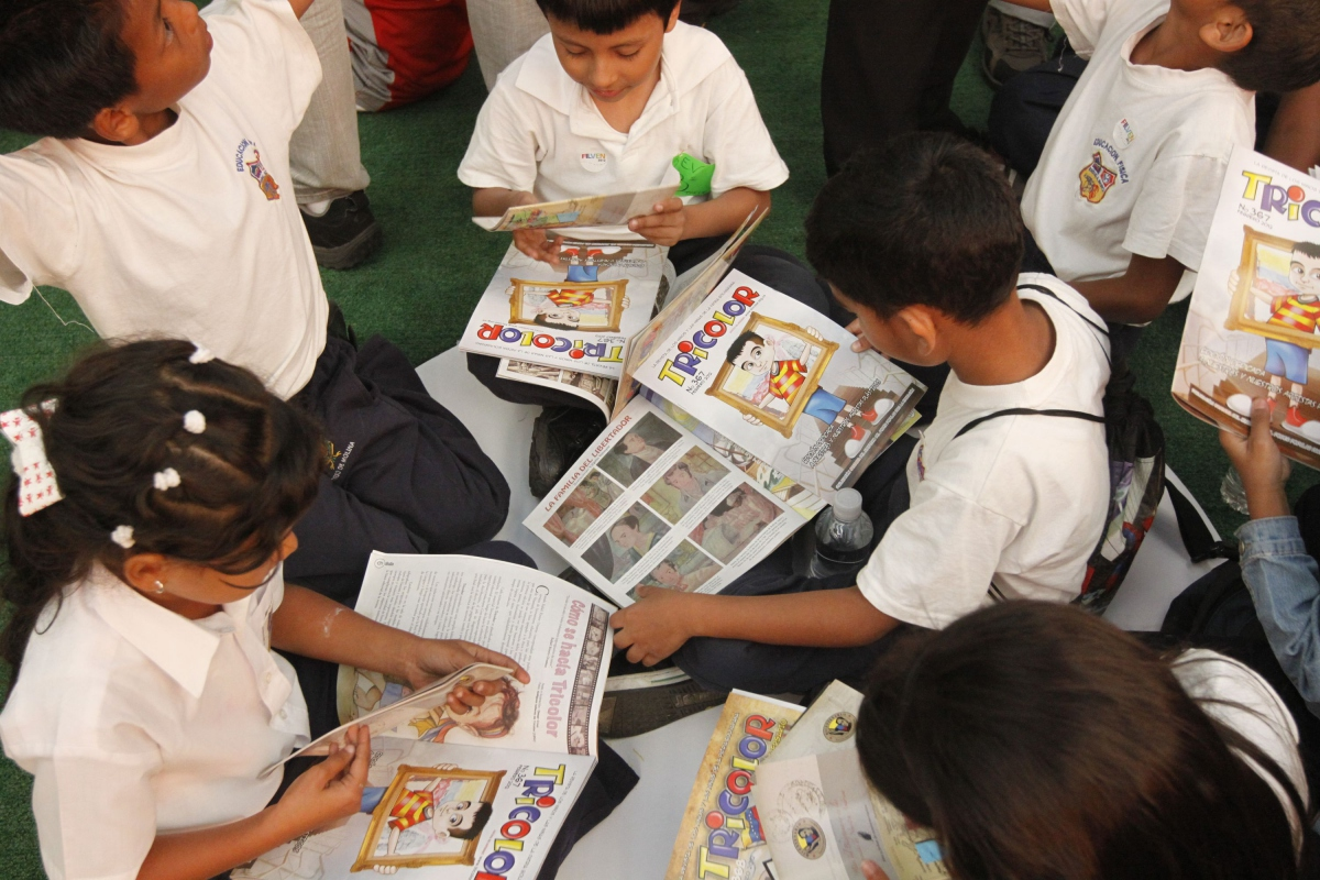 Children received some free books too (AVN)