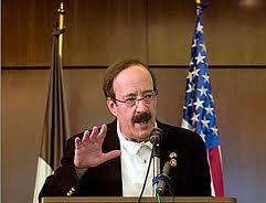 """During his speech, Engel called for a """"robust"""" OAS mission to monitor the Venezuelan elections (Eluniversal)"""