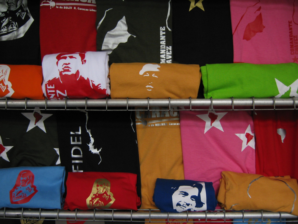 T-shirts featuring progressive historical figures were also available (Franklin Rosales)