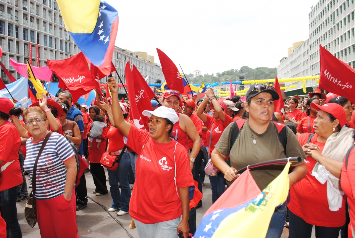 Thousands marched in Caracas yesterday to celebrate International Women's Day (Rachael Boothroyd / Venezuelanalysis.com).