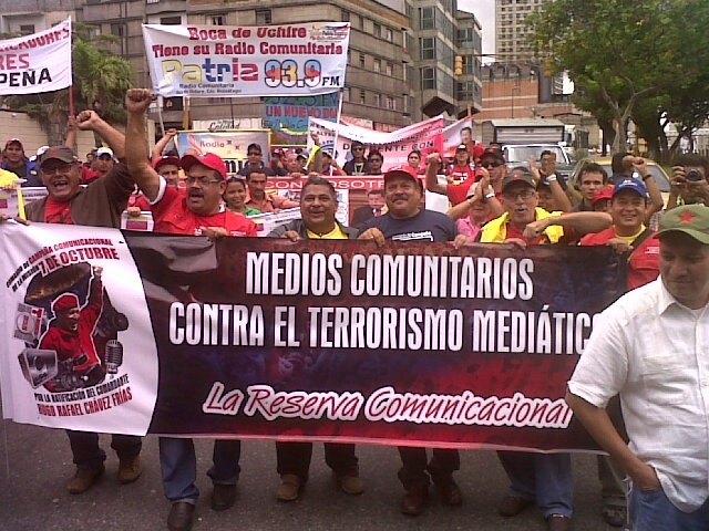 Part of yesterday's alternative media march in Caracas (Aporrea)