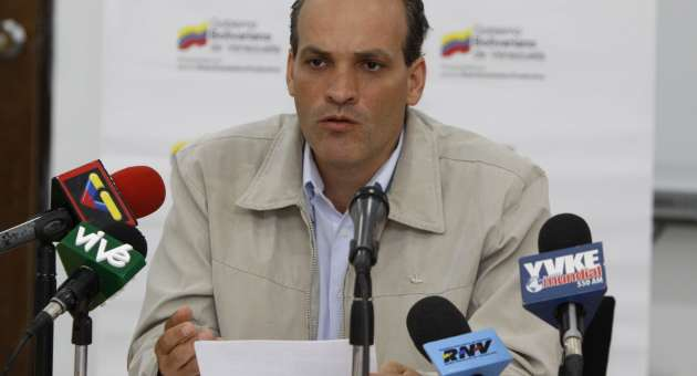 Minister of Industries, Ricardo Menendez, gave details last Saturday of the money approved by the Venezuelan government for CVG industry workers (AVN)