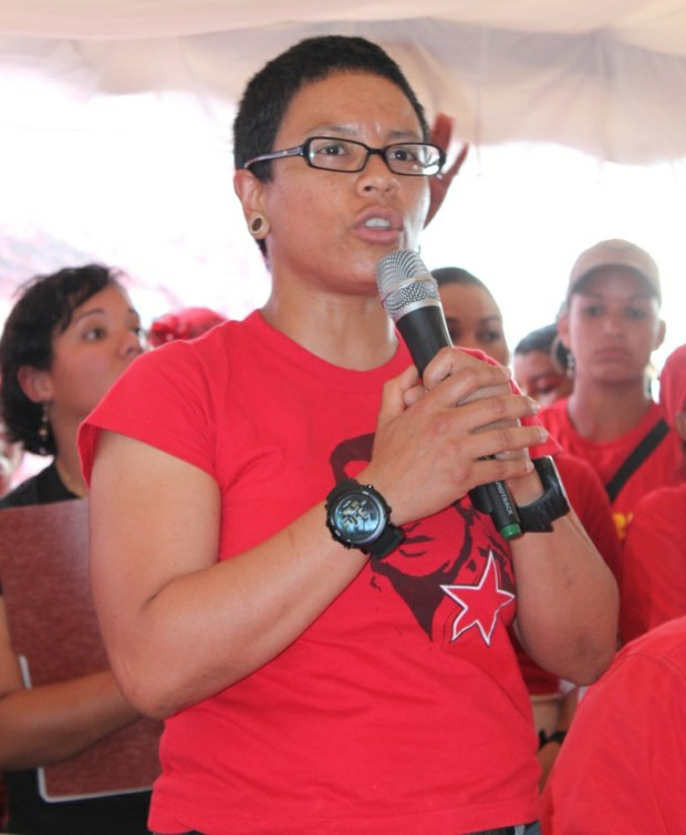 The PSUV candidate for Cojedes state, Erika Farias, opening the constituent debate process in Cojedes (Prensa CC Cojedes)