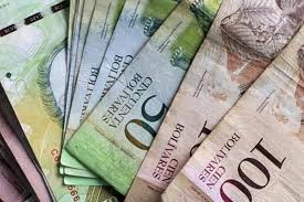 The government devalued the Bolivar by 32% last Friday (Ciudad CCS)
