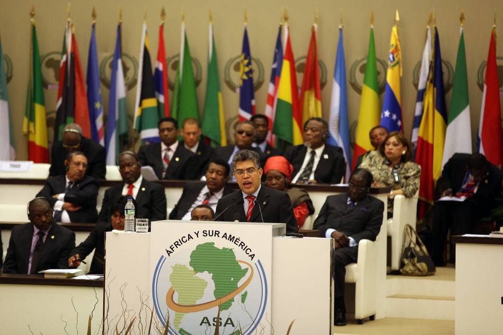 The letter was read out yesterday by Venezuelan foreign minister Elias Jaua to the sixty-three countries at the III Africa – South America Summit (ASA), which is taking place in Equatorial Guinea. (MINCI)