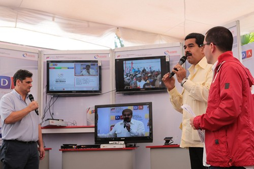 Vice President Nicolas Maduro and Technology Minister Jorge Arreaza inaugurated the new digital television system on Wednesday (AVN)
