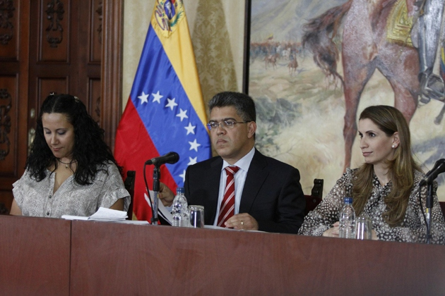 Venezuelan Foreign Minister Elías Jaua at a ceremony on Wednesday where he presented a medal to two Venezuelan diplomats that the U.S. had expelled.