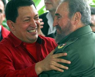 Hugo Chavez and Fidel Castro (EFE Archives)