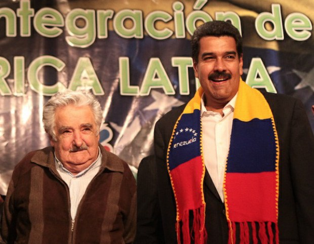 Maduro and Mujica met in Montevideo yesterday, as part of the Venezuelan president's tour of the southern Cone (@tmaniglia/VTV)