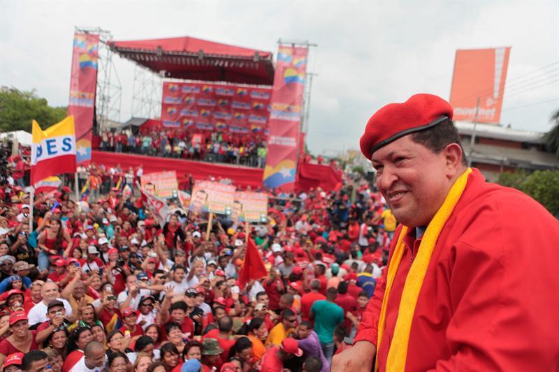 Hugo Chavez during his 2012 presidential election campaign (venciclopedia.com)
