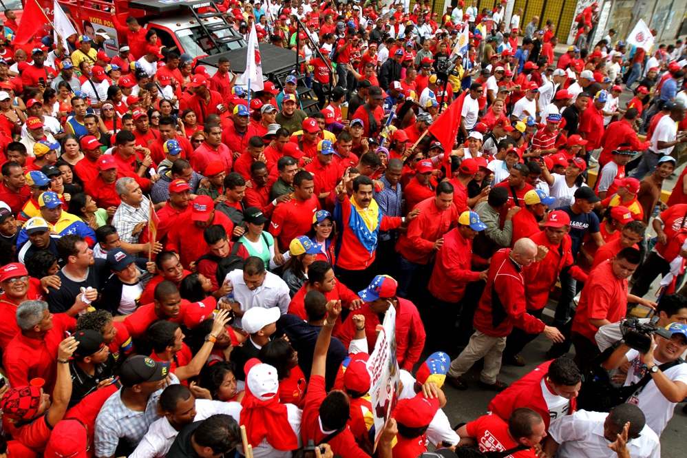 Maduro with the Caracas march (AVN)