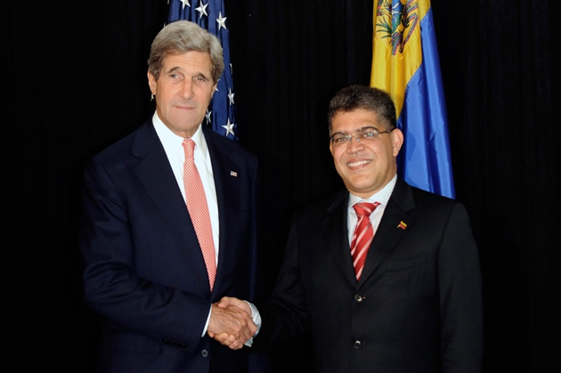 Jaua and Kerry pledged to strengthen bilateral ties, following a meeting in Guatemala on Wednesday (JOHAN ORDONEZ / AFP)