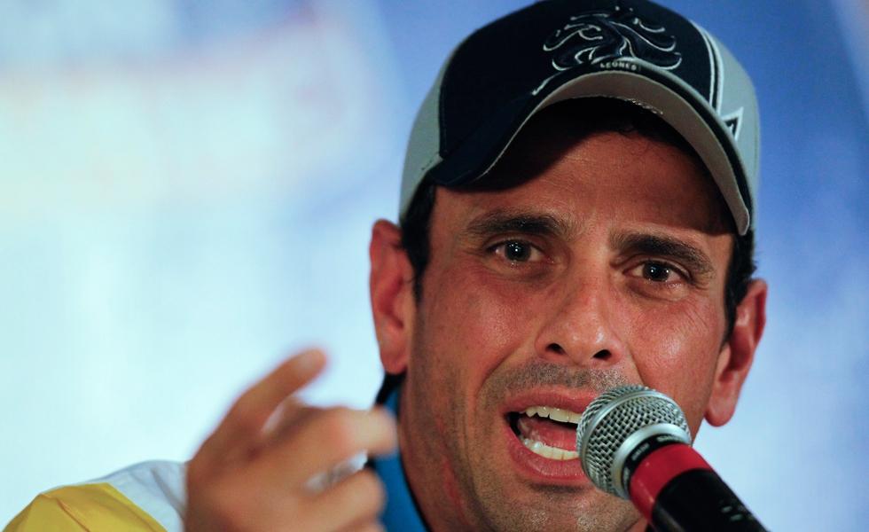Opposition leader Henrique Capriles (Archive)