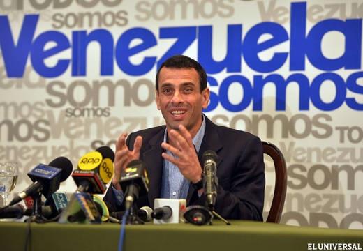 Opposition leader Henrique Capriles (AFP)