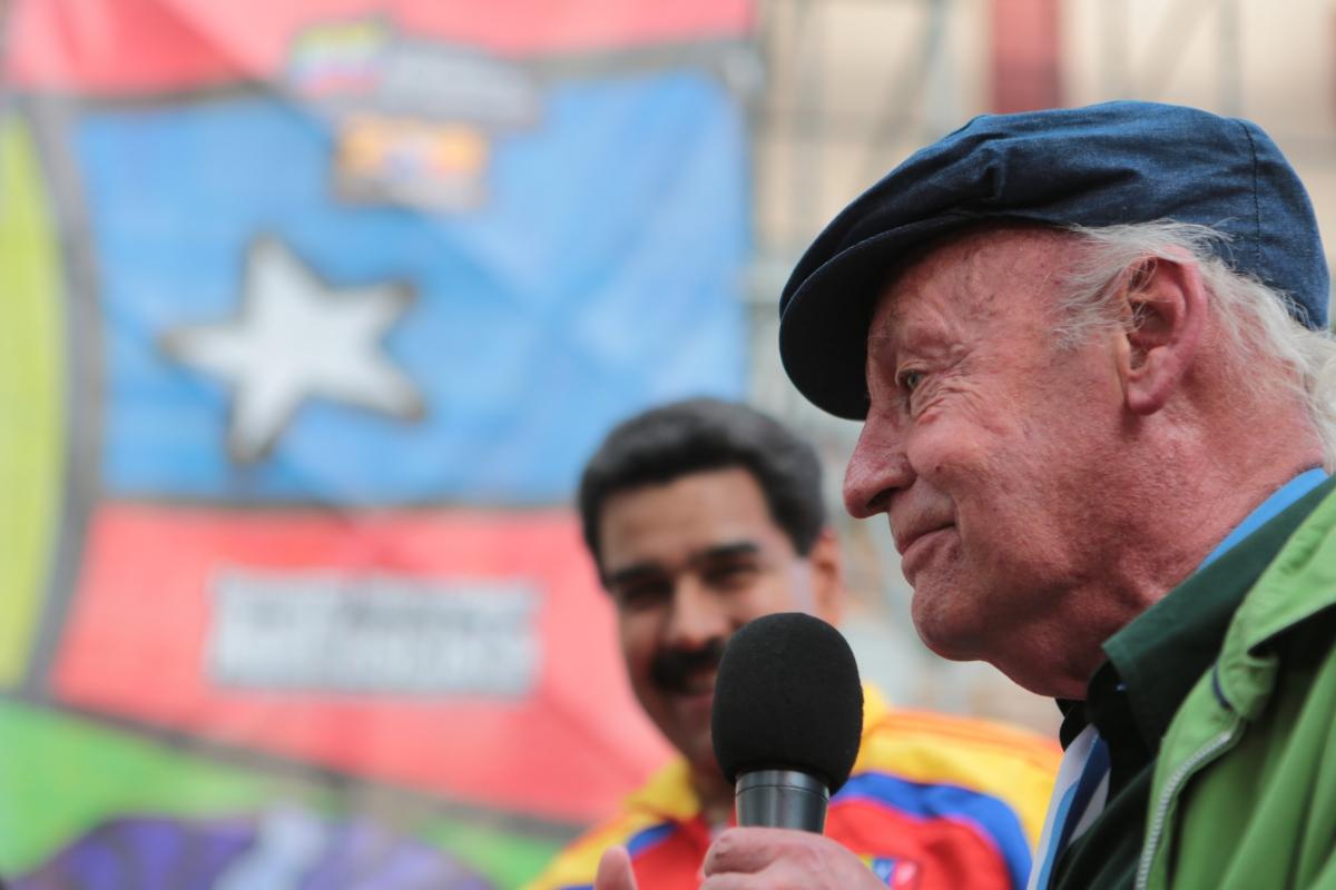 Uruguayan writer Eduardo Galeano also attended the event (AVN)