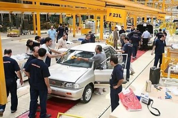 Car assembly workers request that the government reconsider aspects of the Law Regulating the Purchase and Sale of New and Used Motor Vehicles (Diario El Tiempo / AP)